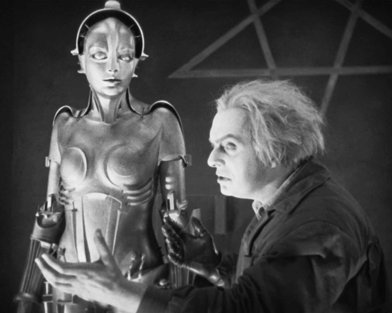 Rottwang con la androide Futura