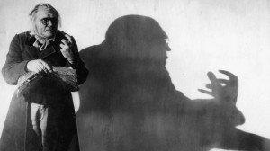 Juegos de luces y sombras, como posteriormente en Nosferatu