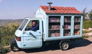 La biblioteca móvil de Antonio La Cava