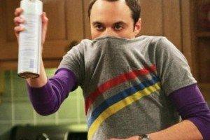 Sheldon Cooper, el personaje, en un plano de The Big Bang Theory