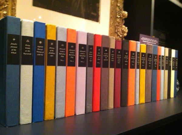 Biblioteca falsa de Dickens