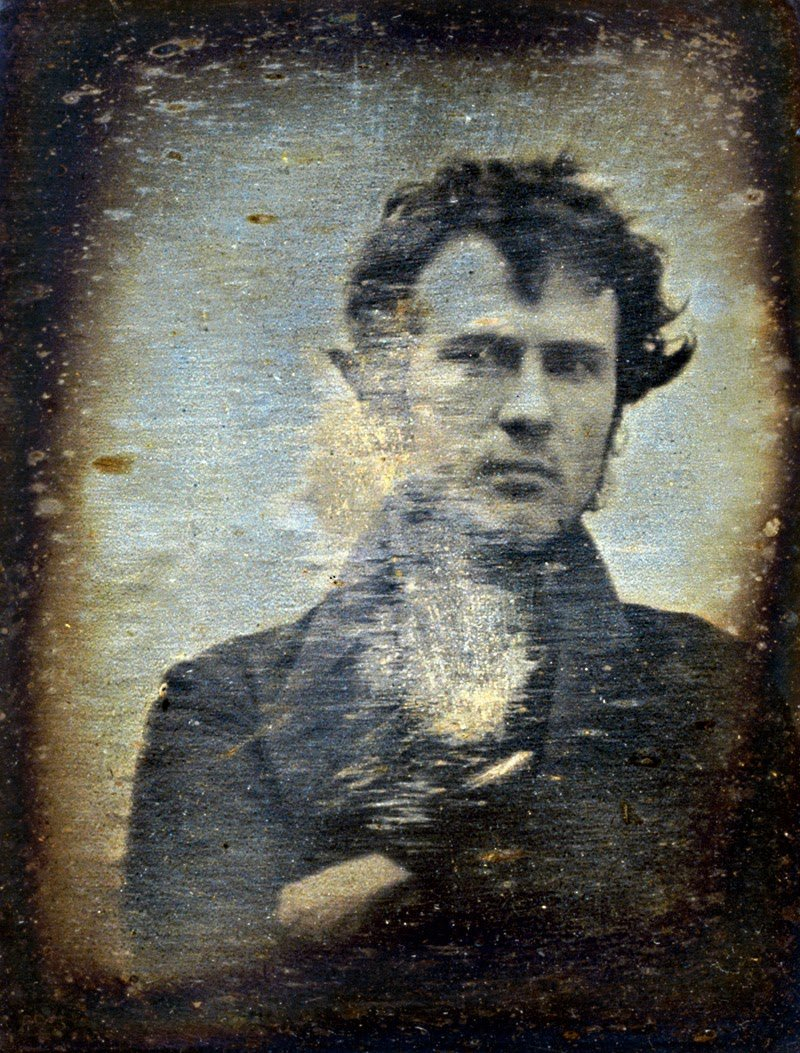 Robert Cornelius en el primer selfie de la historia