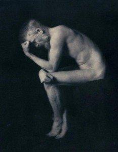 George Bernard Shaw como El Pensador de Rodin