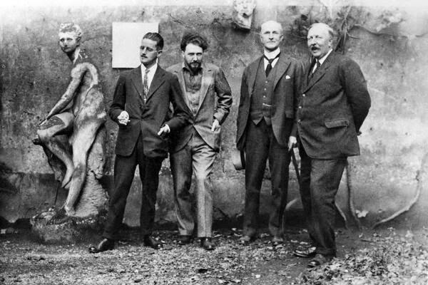 Sospechosos habituales: de izquierda a derecha: James Joyce, Ezra Pound, John Quinn y Ford Madox Ford