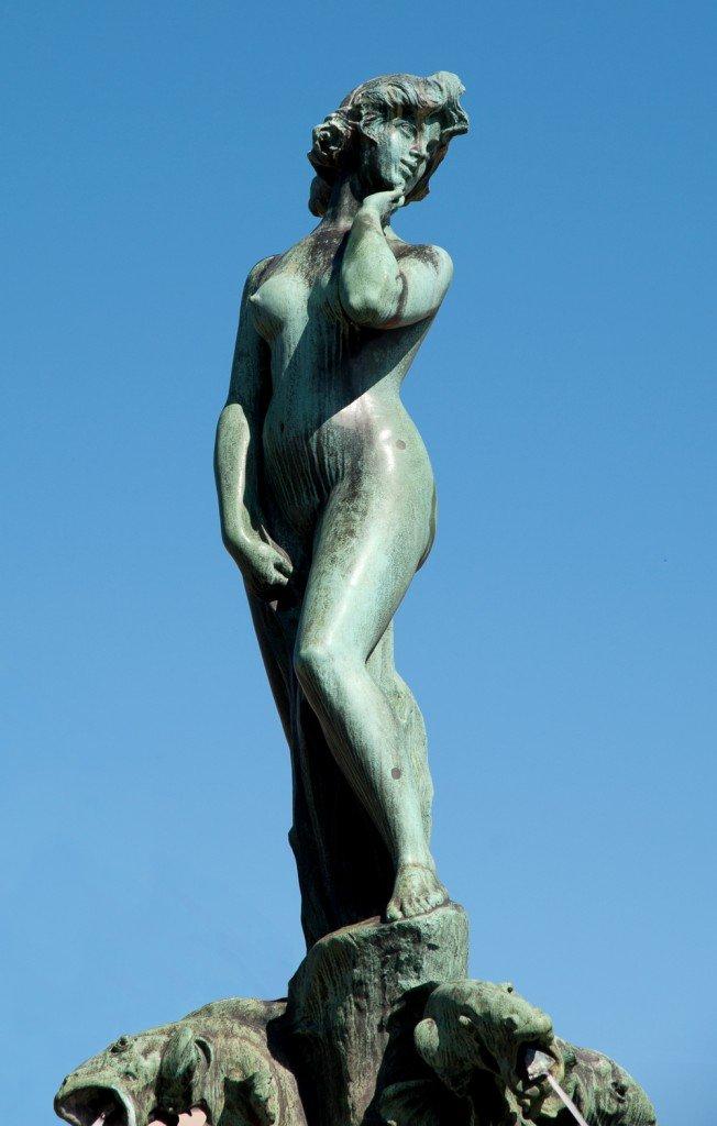 La sensual Havis Amanda (1906) de Ville Vallgren