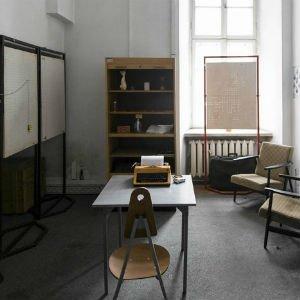 Room Escape bibliotecario