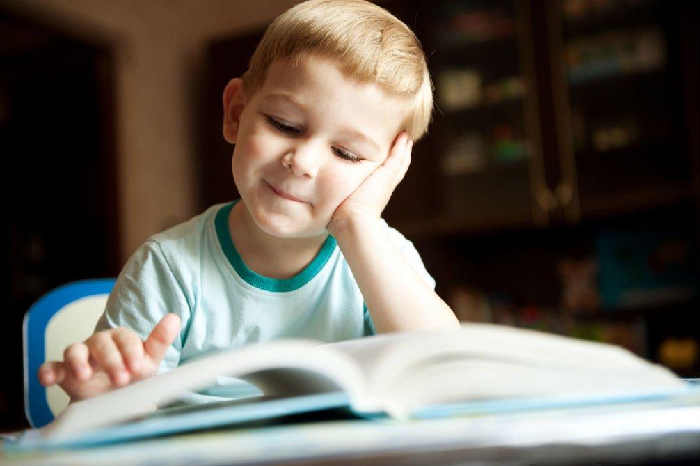 Los niños que crecen rodeados de libros consiguen trabajos mejor pagados