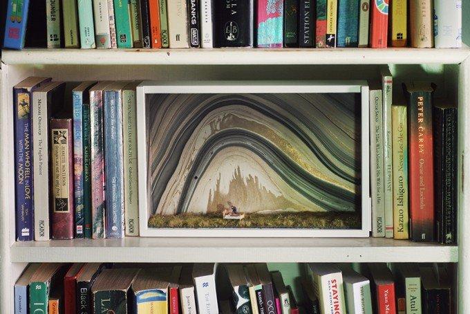 Diorama entre libros