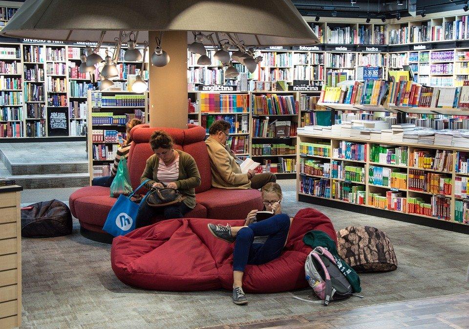 librería grande