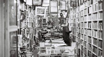 librería tradicional dos