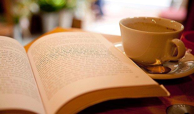 un-libro-y-un-cafe