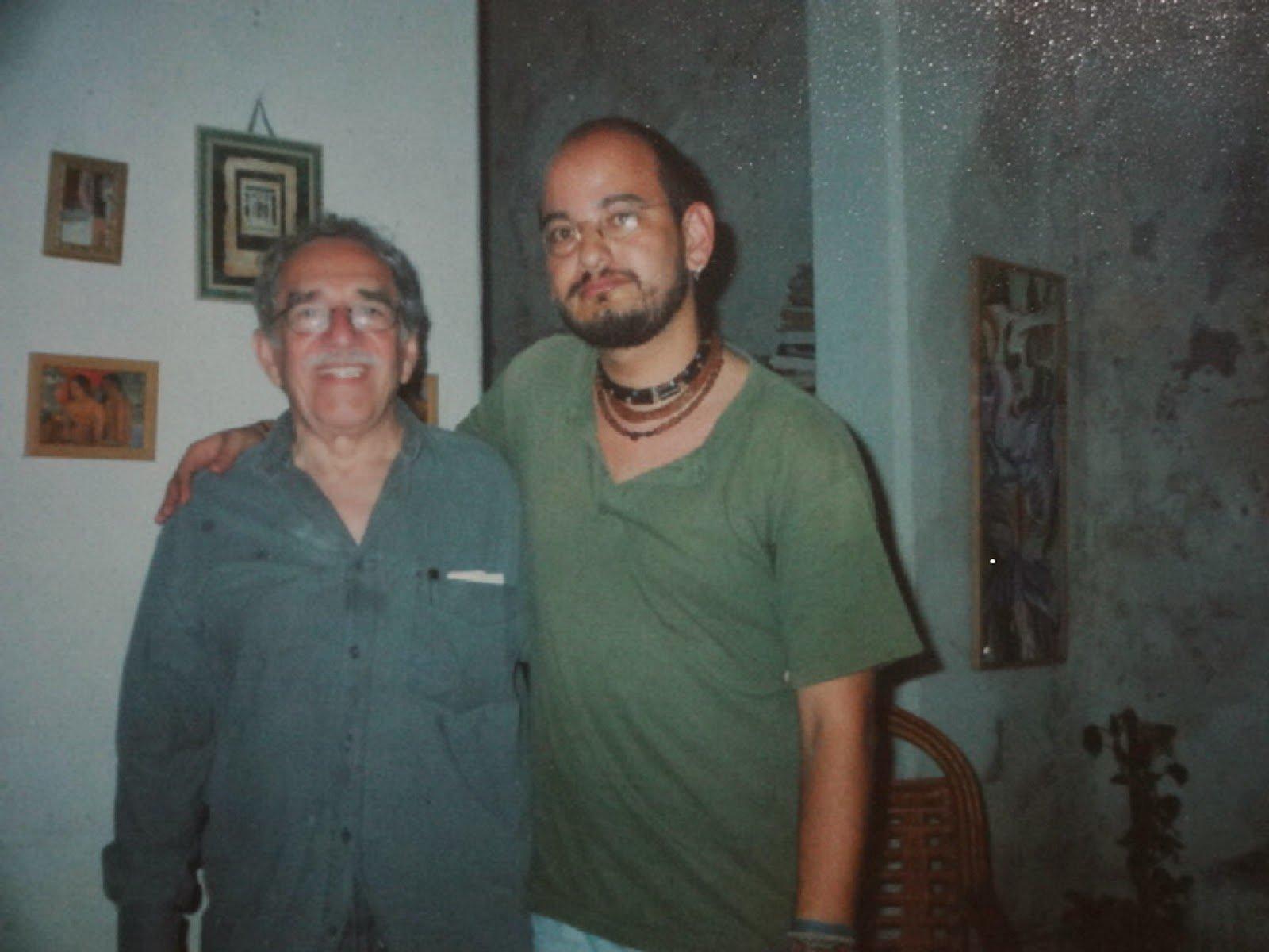 Álvaro Castillo Granada con Gabriel García Márquez en La Habana