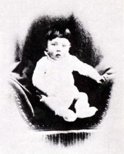 Foto del verdadero Hitler de bebé