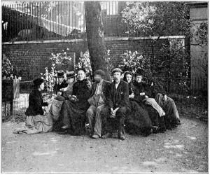 Indifentes en Itchy Park, Spitalfields