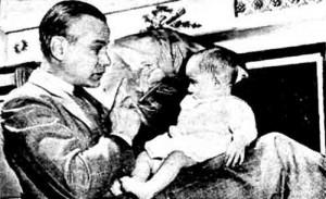 Schafer jugando con Jean