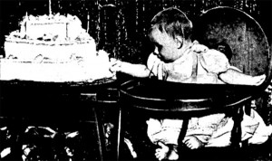 Jean celebrando sus primeros seis meses de inmortalidad